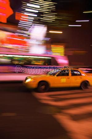 taxi amarelo