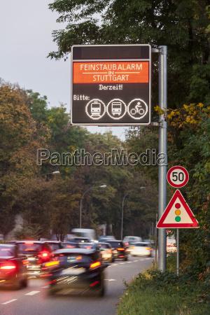 sinal perigo passeio viajar ambiente arvore