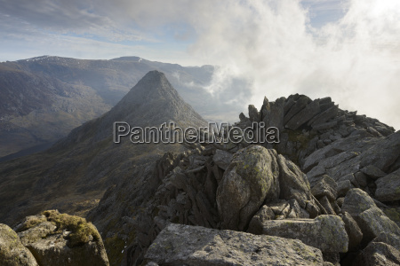 tryfan viewed from the top of